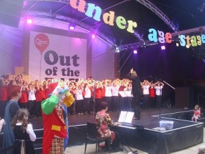 Out of the Box Festival - Voices of Birralee sing 'Gecko'